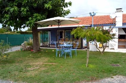 Soulac Sur Mer - à 950 m de la plage Nord, Villa De 144 M2 sur 2 niveaux (5 Chambres ) Au Calme sur