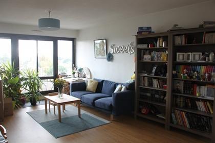Venez découvrir ce bel appartement d'environ 71m² baigné de ...