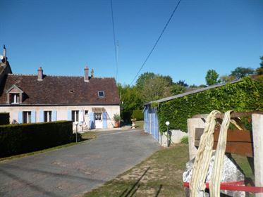 Maison Saint-Maurice-sur-Aveyron 123 m² T-6 à vendre, 168 000 €   Orpi