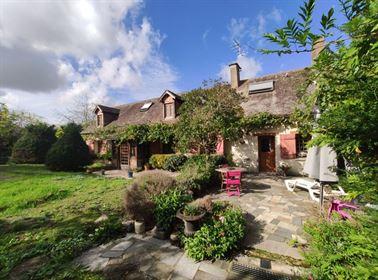 Maison Bonnée 152.5 m² T-6 à vendre, 264 000 €   Orpi