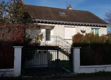 Maison Lorris 100 m² T-6 à vendre, 119 000 € | Orpi