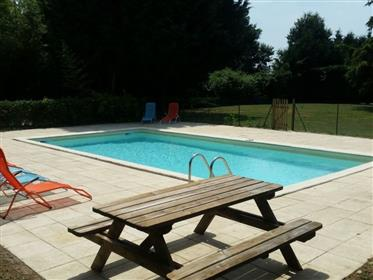 4 bedroom house with swimming pool and a full seize tennis court