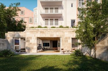 Apart. T2 - Com Jardim Privado