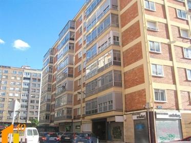 Vivenda: 64 m²