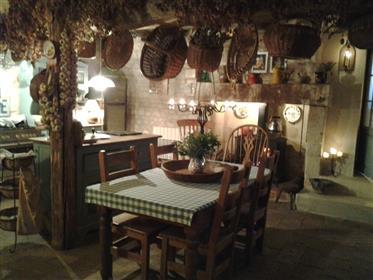 15. Jahrhunderts einzigartig charmantes Ferienhaus mit Ferienhaus/Hütte-Geschäft zu verkaufen