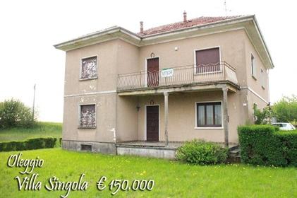 Vivenda: 243 m²