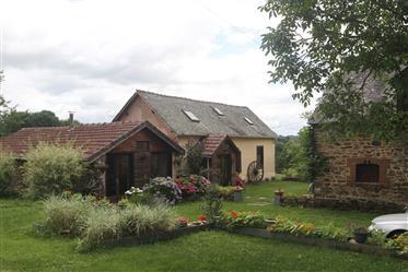 Le Petit Brugeron - ancienne grange et Gite