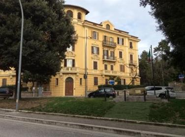 Appartamento in Vendita a Macerata Cod. 111743