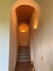 Appartement : 100 m²