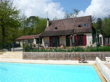 Ιδιοκτησία 7 δωμάτια, studio + πισίνα + εξοχικό σπίτι