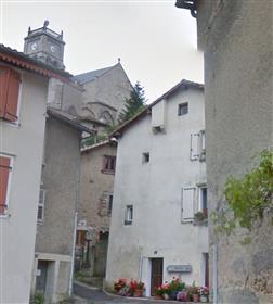 Maison ancienne joliment rénovée au coeur de la France