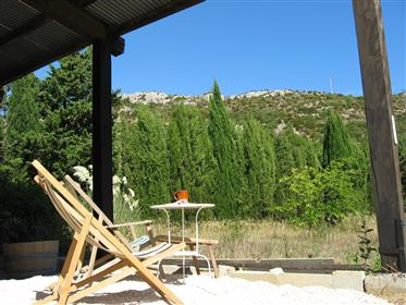 15 mins from the Med, spacious, light-filled house