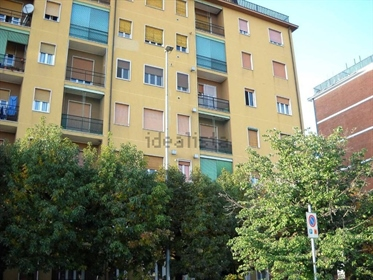 4 room flat for sale in Urb. Carnate, Carnate