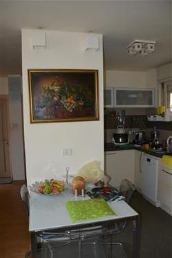Apartment for a comfortable life in a respectable area