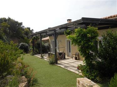 Corse du Sud à vendre belle villa avec 2 locations meublées