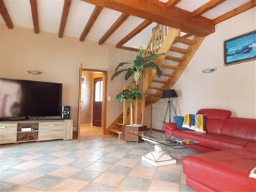 Proche Saintes, pavillon de plain pied 5 chambres, jardin, pisicine