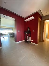 Apartamento T3 no centro do Montijo com parqueamento e elev...