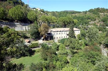 Fully-Restored house for sale in South France with pool, large garden and 7 bedrooms