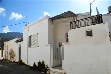 Στούντιο εξοχική κατοικία με ταράτσα-Ανατολική Κρήτη