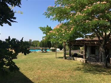 Mooie cottage met zwembad