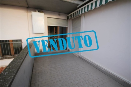 3 room flat for sale in Indipendenza Nn
