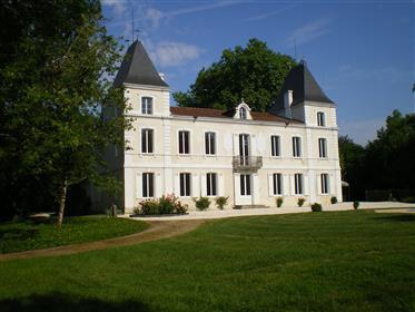 Landsitz, Haus/Schloss mit schönen Park