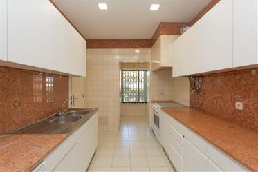 Vivenda: 139 m²