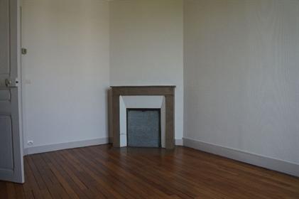 Appartement Chantilly Centre ville dernier étage