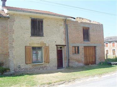Κατοικία : 180 τ.μ.
