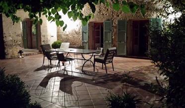Εξαιρετικό πέτρινο σπίτι στην της Νότιας Γαλλίας 50χλμ από τη Νίκαια