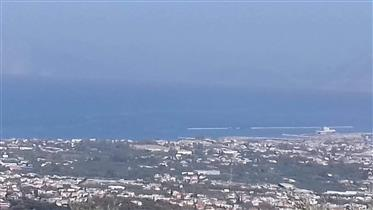Οικόπεδο με θέα την θάλασσα!