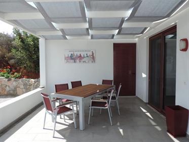 Vivenda: 143 m²