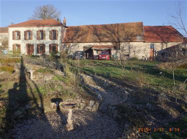 Belle maison & granges, Creuse