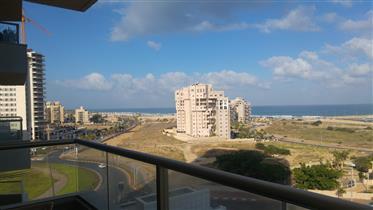 דירת 5 חדרים למכירה במרינה אשדוד