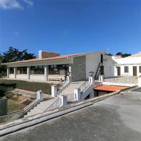 Haus / Villa und Ferienbungalow plus diverse Nebengebäude