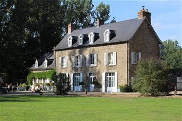 Chateau Du Pont