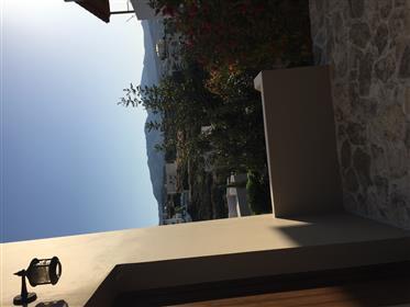 Schöner Komplex von 3 Wohnungen in der Nähe des Meeres-Lygarien, Kreta