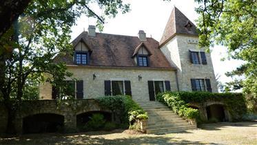 House: 190 m²