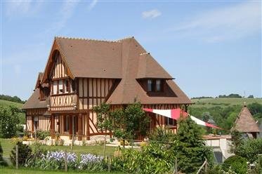 Ravisant Anglo-Normand style Manoir (2003)