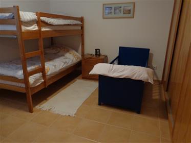 Residência dupla com licença Alojamento local