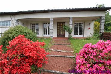 Haus zur Erfrischung plus zwei mögliche Wohnungen-Dorfzentrum