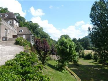 Uitzonderlijke eigendom van 3,5 is ha aan de poorten van Besançon