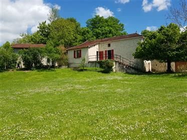 Property 15 min west of Cahors