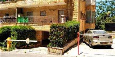 Apartamento incrível, 90m ², estacionamento privativo, 2 varandas!!!