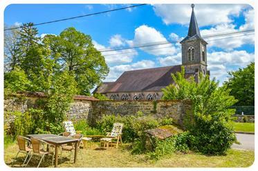 Charmante maison de Français typique dans le petit village