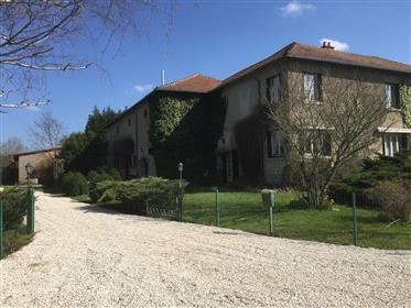 Altes Bauernhaus zu verkaufen