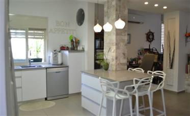 Eine erstaunliche Wohnung ist ein Muss!!!