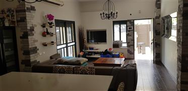 Amazing apartment, Bright , 233Sqm, Central location!!!