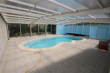2 Häuser: 5-Schlafzimmer: 3-Schlafzimmer Plus Pool mit Teles...