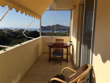 Διαμέρισμα με θέα στη θάλασσα και το ηλιοβασίλεμα